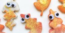 Fall Leaf Crafts for Kids / Fall is in the air! Get inspired with these fun fall leaf-themed crafts for kids.   Topics include: salt dough leaf critters, fall wreath crafts for kids, fall, leaf rubbings, leaf crafts, foliage canvas art, autumn themed decor