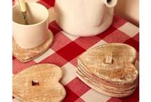 Country Kitchen / Our Kitchen Decorative board offers popular and contemporary designs. Vintage style kitchens French-style kitchen decorations and Shabby Chic products will make your kitchen stand out from the crowd.