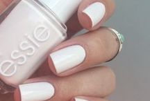   classic nails   / clean cut to solid colored nails
