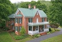 Farmhouses / I'd love to live in an old farmhouse.
