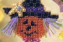 Halloween Kits / Delightful beaded ornament kits with a Halloween theme! Charm your favorite ghosts, goblins, pumpkins, and witches with these delightful kits! Kits come with all materials needed for the project at a considerable savings over purchasing them separately.