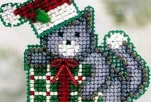 Christmas Kits ~ Animals / Choose one of these delightful kits of Christmas animals - reindeer, polar bears, moose, mice, or cute kitties - for your crafting pleasure. Beaded cross stitch, beading, felt embroidery and applique kits are complete and ready to make! All kits come complete with all materials needed for the project -- at a considerable savings over purchasing them separately.