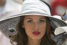 Hats  ascribe elegance  (kapelusze dodaja elegancji)