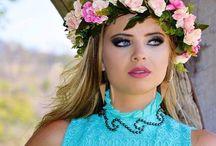 Coroa de Flores. Faço por encomenda e envio para todo Brasil.  ☎️(31) 9 9312-8877 / Coroa de Flores.  Faço por encomenda e envio para todo Brasil.  ☎️(31) 9 9312-8877  #coroadeflores #floresartificiais #flores #artesanato #criatividade #trabalhomanual #arcodeflores #mulher #feminina #feminilidade #vaidade #fantasia #adereço #acessorio #acessoriofeminino #primaveraverao #primavera #verao