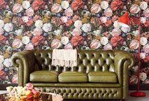 Обои в интерьере: флористика / Обои бумажные, виниловые, флизелиновые, флоковые и других для разных помещений с цветами.