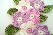 háčkované kytky / crocheted flowers