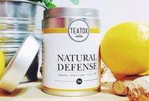 NATURAL DEFENSE / Der Natural Defense ist dein täglicher Begleiter für ein starkes Immunsystem. Die Kombination aus vitaminreichem Granatapfel, frischem Ingwer, Grüner Tee und der Heilpflanze Echinacea bietet einen belebenden, feinfruchtigen Geschmack und das optimale Schutzschild aus rein biologischen Zutaten.
