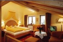 Ferienwohnungen Apartments im Gatterhof / 11 traumhaft schöne Ferienwohnungen (alle mit Balkon oder Terrasse) erwarten Sie im Gatterhof. A-6991 Riezlern / Kleinwalsertal
