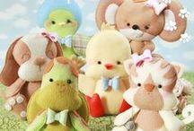 Apostila Baby Pets em Feltro / Nesta apostila você vai aprender a confeccionar 6 lindos Baby Pets! Tudo bem explicadinho com passo a passos, fotos e moldes! São mais de 260 fotos ilustrativas e com explicações escritas! Acesse e confira: www.boutiquedofeltro.com