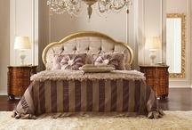 Klasyczny Sen / Pięknie i klasycznie w sypialni.