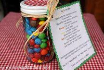 Gift Ideas / by Maureen David