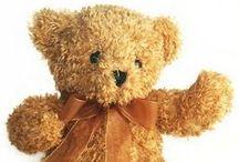 Teddy Bears for Kids / Każde dziecko ma swojego ulubione misia, pluszaka, maskotkę, bez której nie zaśnie, nie wyjedzie, nie zje. Jest ich całe mnóstwo. Popatrzcie :)