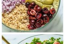 Everyday Detox Recipes / Detox and cleanse recipes that you can enjoy all year long. What is good for your health and well-being that also tastes delicious. These recipes are vegan and gluten free and can be made in easy steps at home. Soups, smoothies, bowls and more.