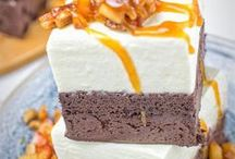 Delicious Cream Pie Recipes / The title says it all: a collection of the most tasty Cream Pie Recipes, which are vegan and gluten free. Stunning cakes, delicious pies, all easy to make for everyone at home. Not only for chocolate lovers.
