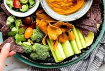 Appetizers and Dips / The best recipes for appetizers and dips that are not only mouthwatering but easy to make, vegan, and gluten free. Fill your table with hummus, cheeses, finger food, pinwheels, salads. Simply yum!