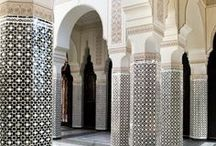 Marrakech Travel Guide / That's Beautiful | Beautiful, must visit places to see in Marrakech, Morocco.  || Foodie Hotspots | Best places to eat and drink in Marrakech, Morocco. || Shop Til You Drop | Must stop shops for special souvenirs in Marrakech, Morocco. || A Good Night's Sleep | Best minimalist, design and boutique hotels and accommodation in Marrakech, Morocco.