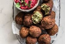 Best Vegan Recipes on Pinterest / Collection of the best vegan recipes found all over the world. Most amazing flavors, mouthwatering plant-based food, and vegetarian goodies.