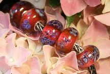 Bead sets by Anne Meiborg (fit Trollbeads) / Lampwork bead sets by Anne Meiborg, to fit Trollbeads