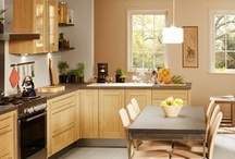 Cuisines classiques / cottage / Des modèles pour vous qui préférez des façades nobles et chaleureuses, en placage bois véritable...
