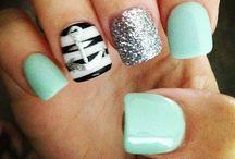 Paige Lozanovski / Cute nails