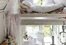 Boudoir Bedroom / My dream bedrooms! Boudoir, romantic and rustic style bedrooms for the perfect hideaway