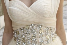 dream gowns / by maria