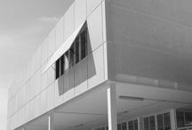 Colegio Salesiano en Huelva /  Arquitectura docente. LAR Arquitectura. Colegio Salesiano en Huelva.  http://laboratoriodearquitectura.es/