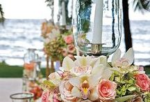 Wedding Centerpiece Ideas / Check out these beautiful centerpiece ideas. Beautiful for weddings or other occasions.