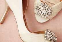 Details: The Shoes / Wedding day details of brides shoes