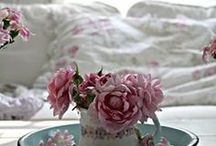 Decorating with Teaware