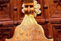 Door handles, knobs & knockers