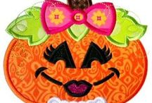 Halloween / Spooktacular, High quality Machine Embroidery and Applique Designs from www.LynniePinnie.com