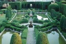 Outdoor Decorating Ideas & Garden & Pool Inspiration / by Suzanne Smith