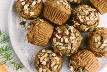 Cupcakes and Muffins / Vegetarian, Healthy and Delicious Cupcakes and Muffins Recipes Inspiration. You find the cupcake and muffin pins I like at this board.
