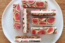 Bars / Vegetarian, Healthy and Delicious Bar Recipes Inspiration. You find the bar pins I like at this board.