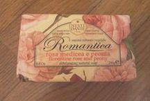 Rosa solo Rosa. / Scelta personale di odori.