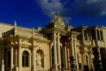 Hotel Venecia Palace / Venecia Palace - hotel w Warszawie, to miejsce wyjątkowe, inne, niż wszystkie. To jeden z najbardziej popularnych hoteli w Polsce, dedykowany pięknu i luksusowi. Położony nad wodą, w otoczeniu wspaniałych ogrodów, o spektakularnej architekturze i niepowtarzalnym klimacie, stanowi zupełnie nową klasę obiektów hotelarskich w kraju. Więcej na: http://www.hotelveneciapalace.pl/hotel-warszawa