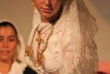 Costumes Traditionnels du Monde