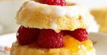 Torten| Rezepte| Inspiration / Die schönsten Hochzeitstorten, kleine Törtchen, Dripcakes und Ideen für eure perfekte Kaffeetafel