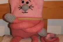 kötés / már gyerekkorom óta kötögetek... ezt azt... idén Lupakkákat gyártottam... :-)