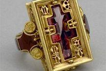 15th century jewelry