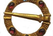 13th century jewelry
