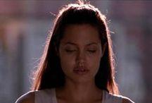 Angelina Jolie / .