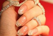 UNIQUE nail designs / by Delia Magee