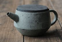 Ceramics / Simple, yet gorgeous ceramics from all times and places