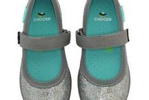 Girl's dress shoes / Dress shoes for all occasions for Girls. Flats, Mary Janes and more from Chooze Shoes, Stride Rite, See Kai Run, Geox and more.