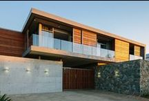 two floating boxes / Johannesburg