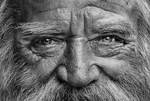 Mens Centraal / Stichting Mens Centraal heeft een aantal mooie projecten opgezet voor de ouderen in Nederland. Kom eens kijken op www.stichtingmenscentraal.nl, iedereen is welkom!