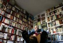 Paraísos particulares / Las bibliotecas y/o estudios particulares de los escritores y escritoras.