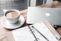 Office-laptop, cafea
